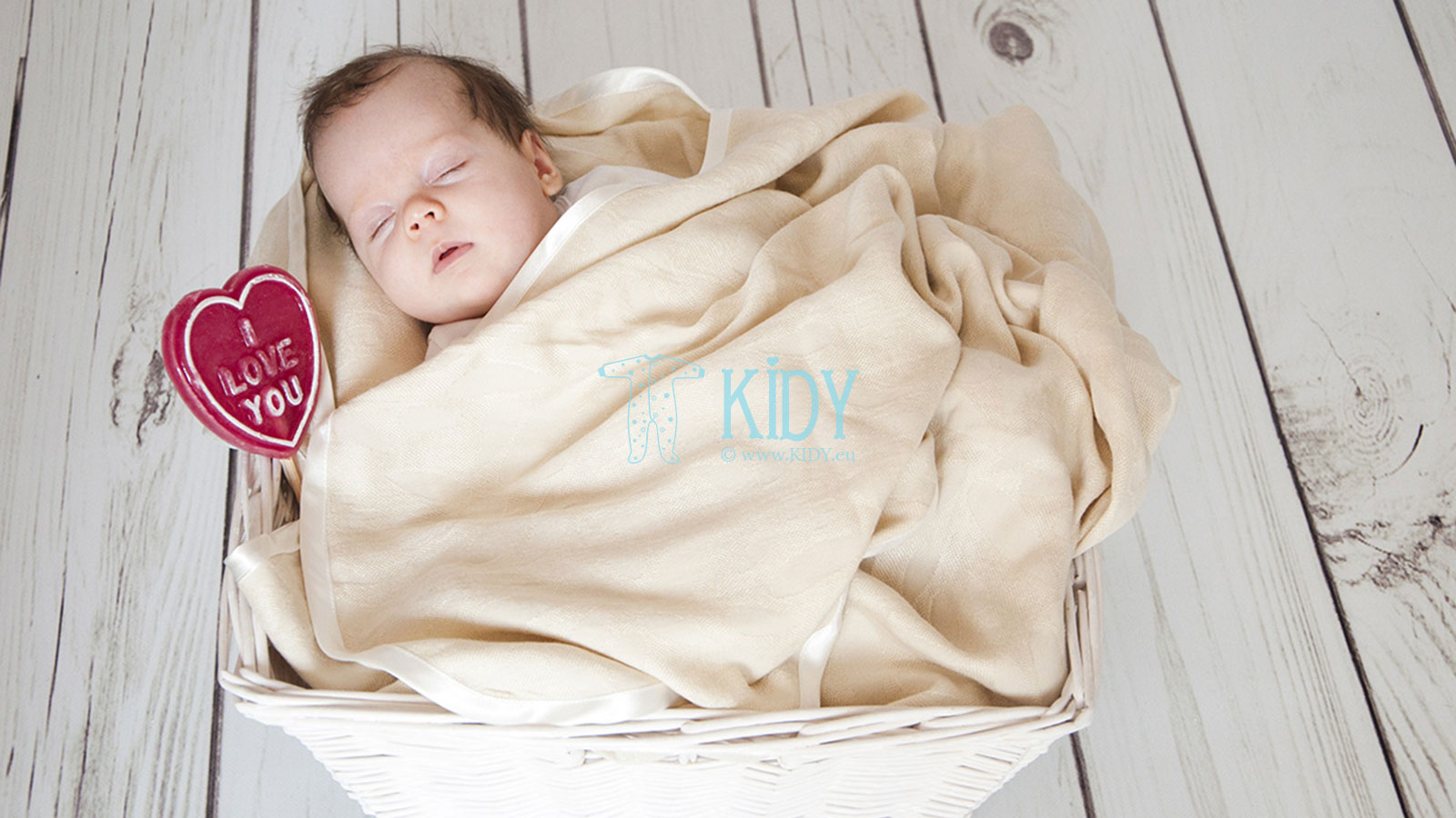 Organic baby clothes from ecologically clean materials are guarding your baby's health