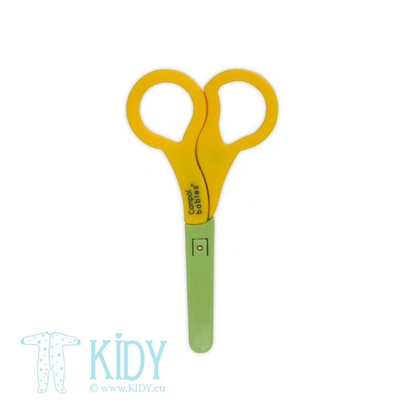 Baby scissors with protector