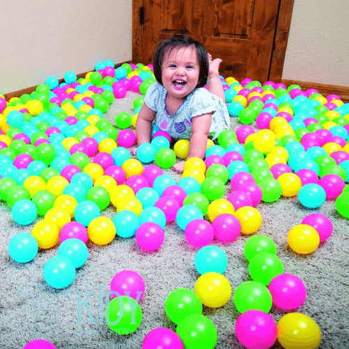 Bouncing Balls SPLASH & PLAY