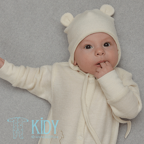 Creamy LOLLY LAMB cap with 3D ears from merino wool