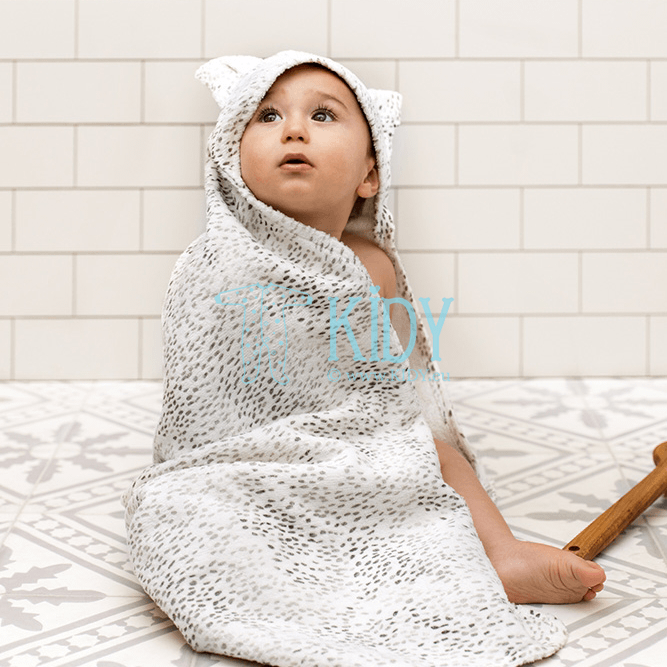 Hooded DOTS OF FAUNA towel