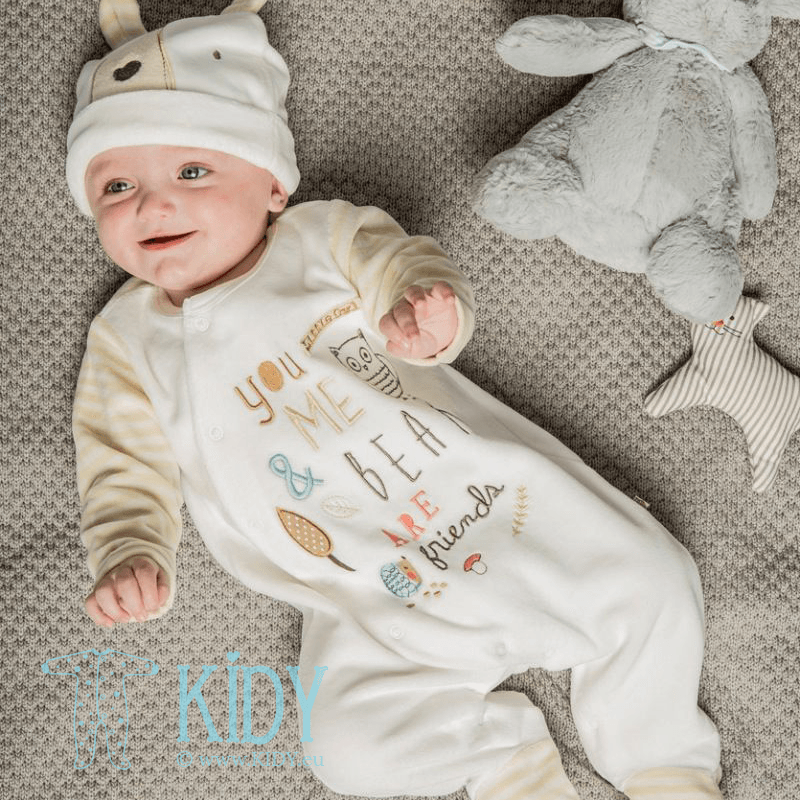 White sleepsuit HUG with hat (Babaluno) 3