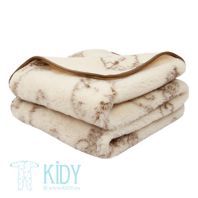 Creamy blanket AVYTE