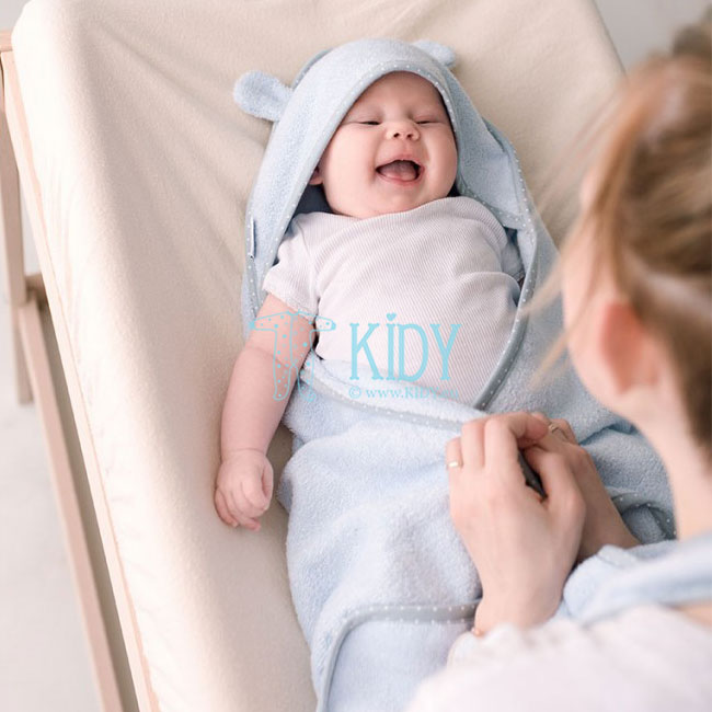 Blue bamboo supeRRO towel for newborn