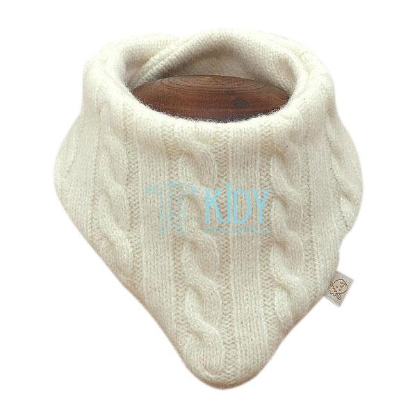 Creamy merino wool scarf