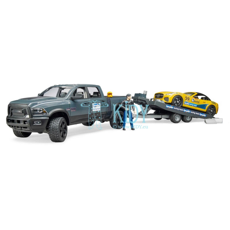 Automobilis RAM 2500 Power Wagon su priekaba