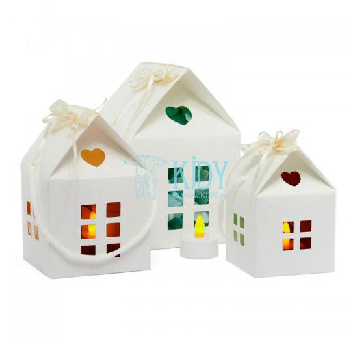 Balta dovanų dėžutė - namelis